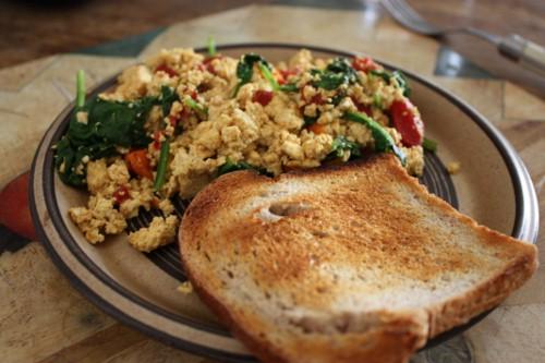 classic vegan tofu scramble