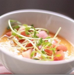 Raw Gingery Carrot Tomato Soup