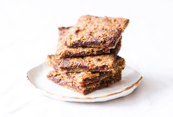 Vegan Fig Bars | The Full Helping