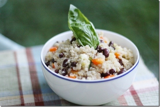 Hurry Up Vegan: Black Bean and Quinoa Salad with Quick Cumin Dressing ...