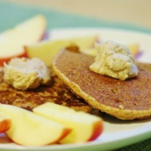 Sunday Breakfast: Carrot Cake Pancakes