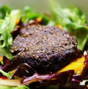 Ultimate Raw Vegan Mushroom Burgers