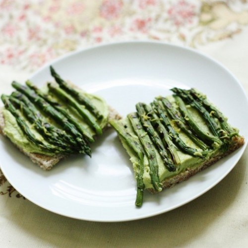 Tartine with Sweet Pea Hummus, Grilled Asparagus, and Lemon Zest