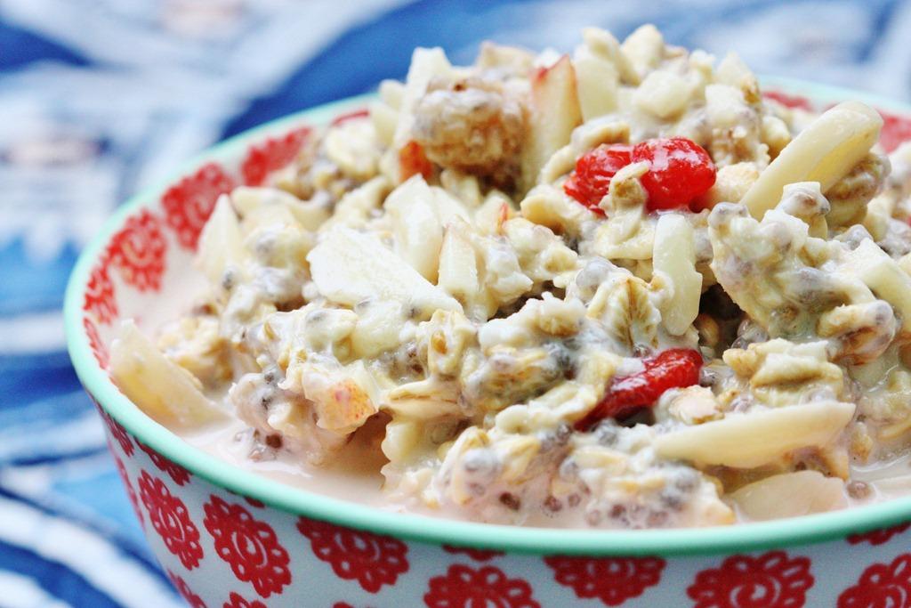 Raw, Vegan Bircher Muesli: Superfood Inspired!   The Full ...