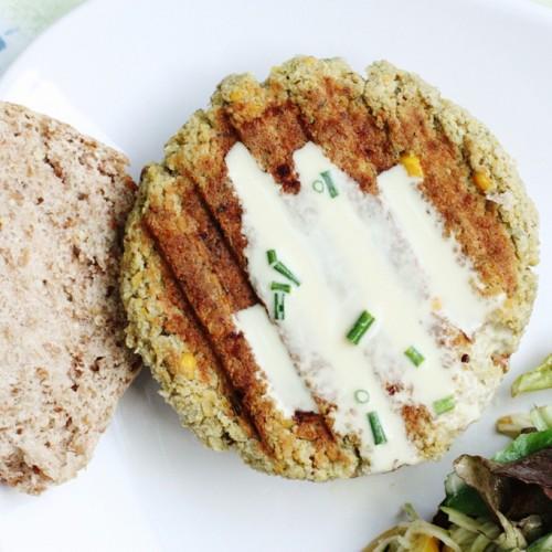 vegan chickpea quinoa burgers
