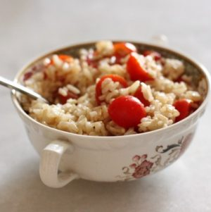 Comfort Food: Brown Rice with Cherry Tomatoes and Lemon