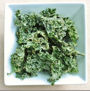 Omega-3 Rich Roasted Garlic Hemp Kale Chips