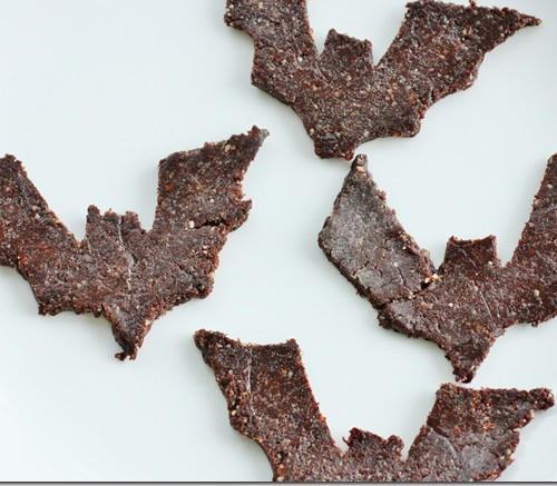 Raw Walnut, Carob, and Cinnamon Cookies