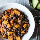 vegan sweet potato black bean chili