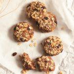 Book Review: Raw & Simple by Judita Wignall. Plus, Raw, Vegan Oatmeal Raisin Walnut Cookies!