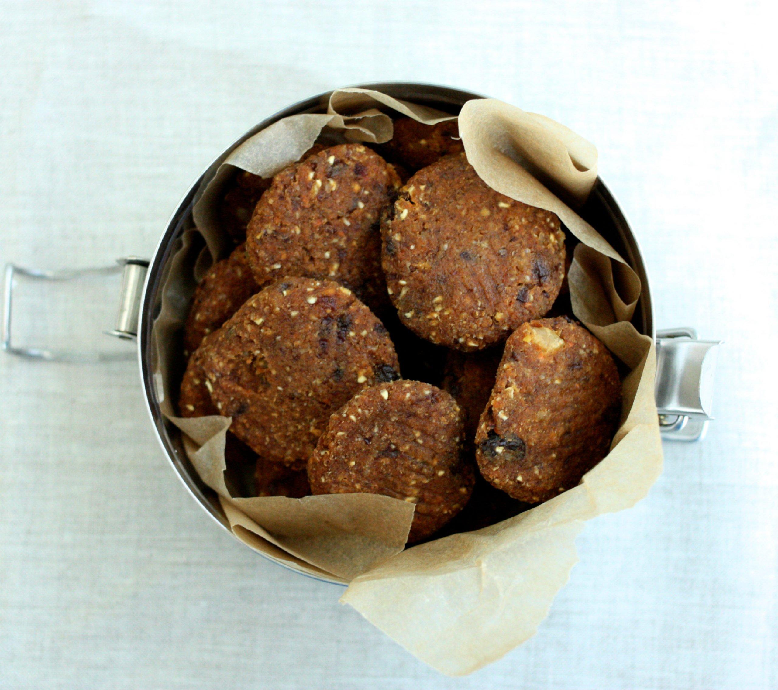 Raw vegan carrot raisin walnut cookies the full helping raw carrot raisin cookies forumfinder Choice Image