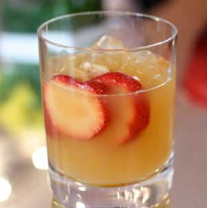 White Sangria with Peach and Ginger