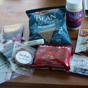 New Vegan Cuts Snack Box (and Vegan Chic Bonus)