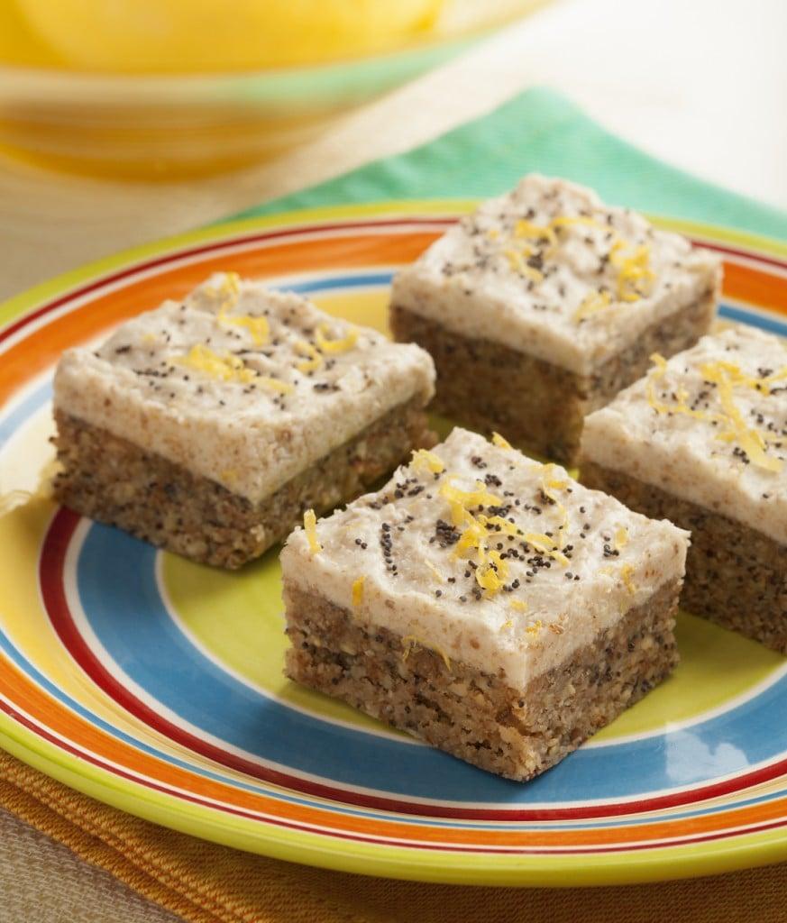 Raw Lemon Poppyseed Squares 4-262