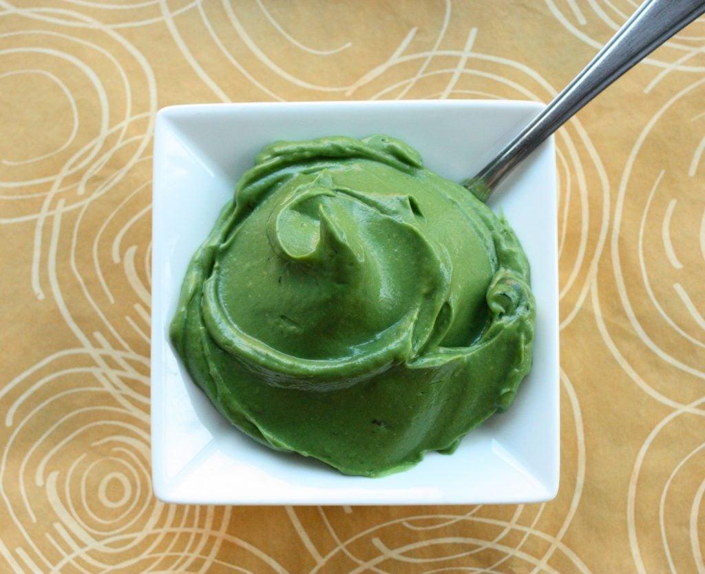 spirulina avocado pudding