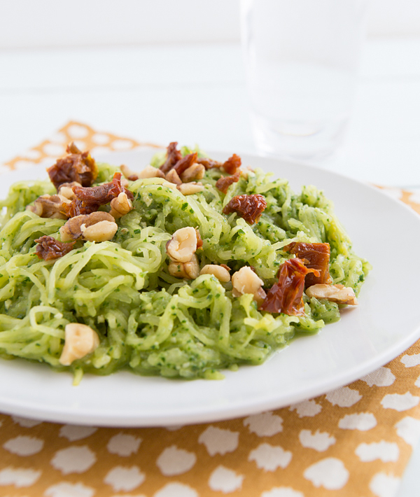 spaghetti_squash_with_garlicky_kale_pesto_and_sun_dried_tomatoes