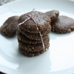Mostly Raw, Vegan Gingersnap Cookies at Keepin It Kind!