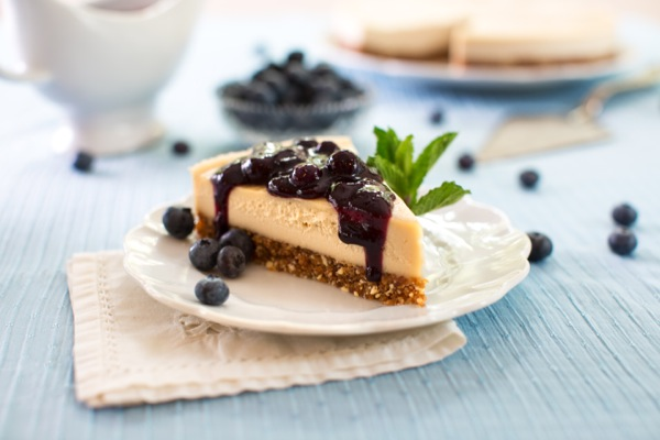 Raw blueberry cheesecake // Choosing Raw
