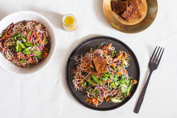 Kelp Noodle and Cabbage Salad with Seared Tempeh and Carrot Orange Miso Dressing | The Full Helping