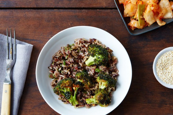 kimchi-grain-salad_food52_mark_weinberg_14-08-12_0426