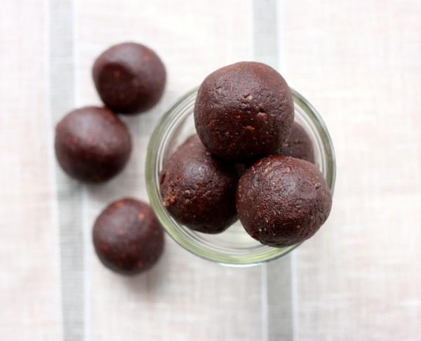raw-brownie-bites-1024x830