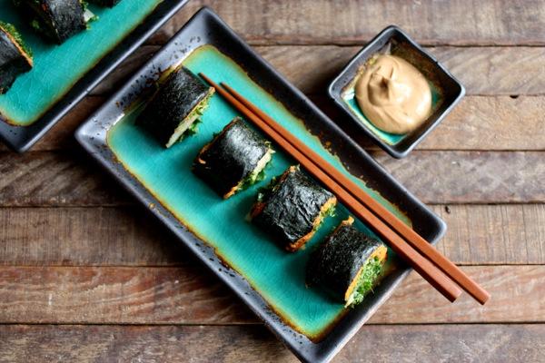 nori rolls with miso sweet potato mash, kimchee, and massaged kale salad // choosing raw