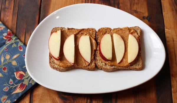 https://www.thefullhelping.com/raw-vegan-walnut-cheddar-cheese/