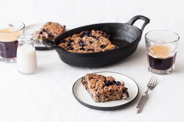 Blueberry, Banana & Walnut Oat Bake | The Full Helping