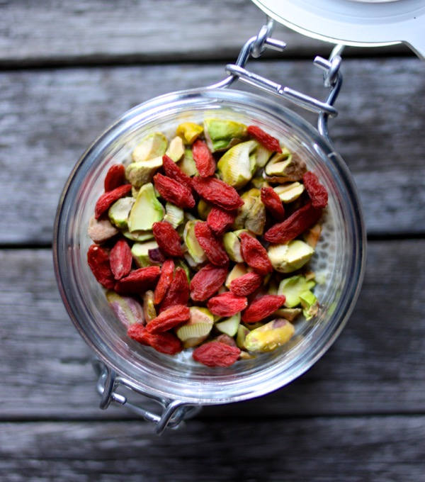 Citrus Ginger Chia Cups with Pistachios and Goji Berries  // Choosing Raw