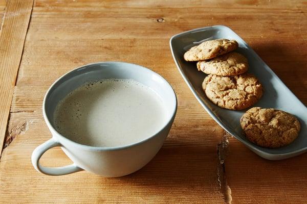 2015-0126_cashew-milk-latte-004