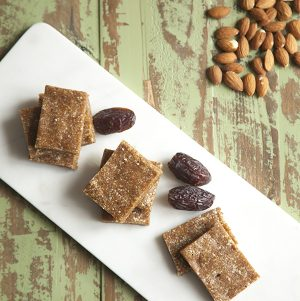 Apricot, Almond, and Vanilla Snack Bars
