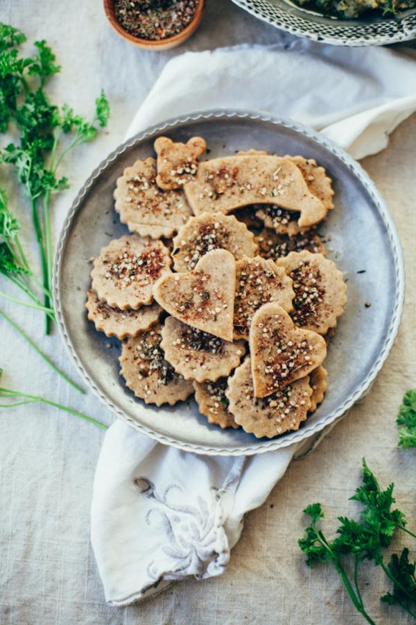 hemp-zaatar-sorghum-crackers-gluten-free-vegan-6864