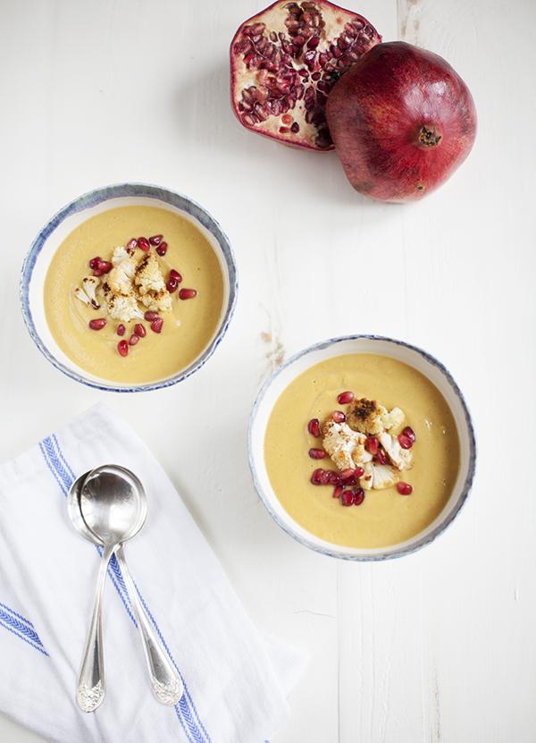Creamy Curried Cauliflower Soup // Choosing Raw