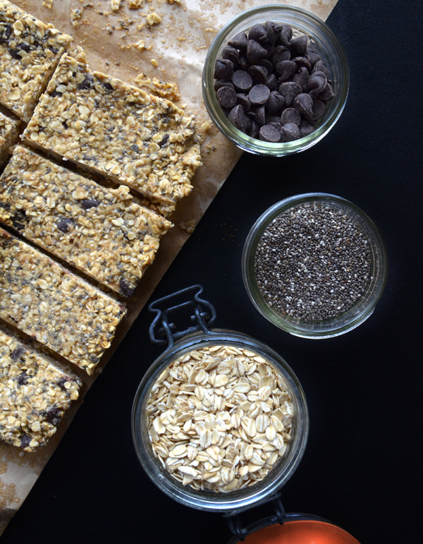 chia-seed-peanut-butter-granola-bar-vegan
