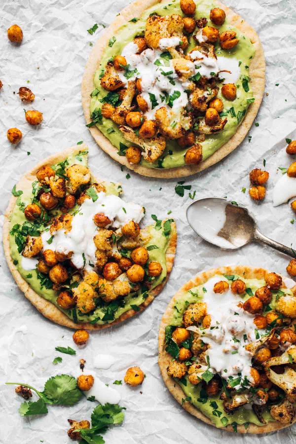 roasted-veggie-pita-with-avocado-dip (1)