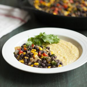 Black bean skillet scramble and cheesy polenta // Choosing Raw