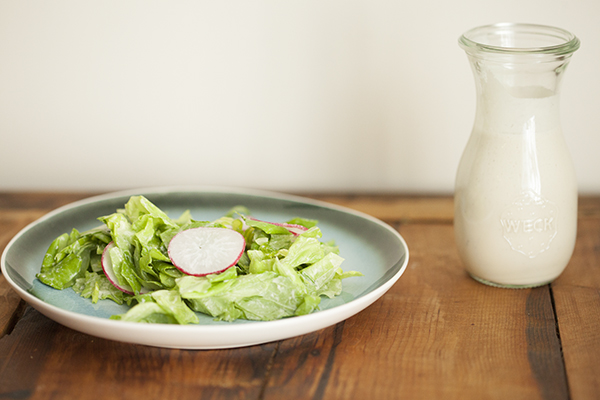 Creamy lemon cashew dressing // Choosing Raw