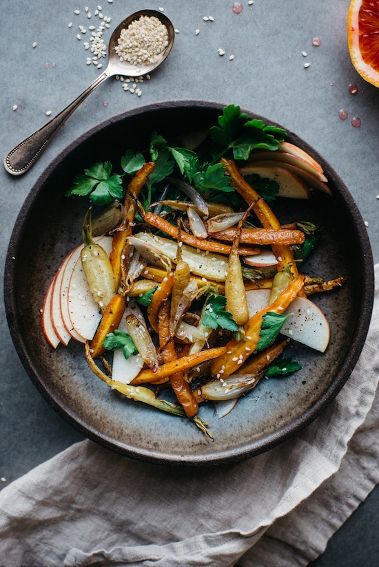 Etc-Inspiration-Blog-Fennel-Roasted-Carrot-And-Shallot-Salad-Recipe-With-Shaved-Apple-Via-Dolly-And-Oatmeal-Sesame-Seeds