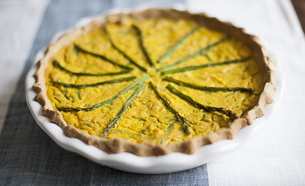 Vegan, Gluten Free Leek and Asparagus Quiche | The Full Helping