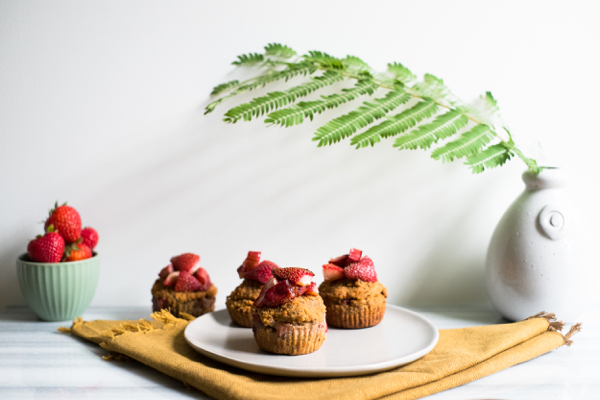 rhubarbmuffins-1