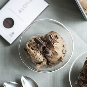 Creamy Raw Chocolate Ice Cream and Superfood Chocolate Giveaway from Aloha