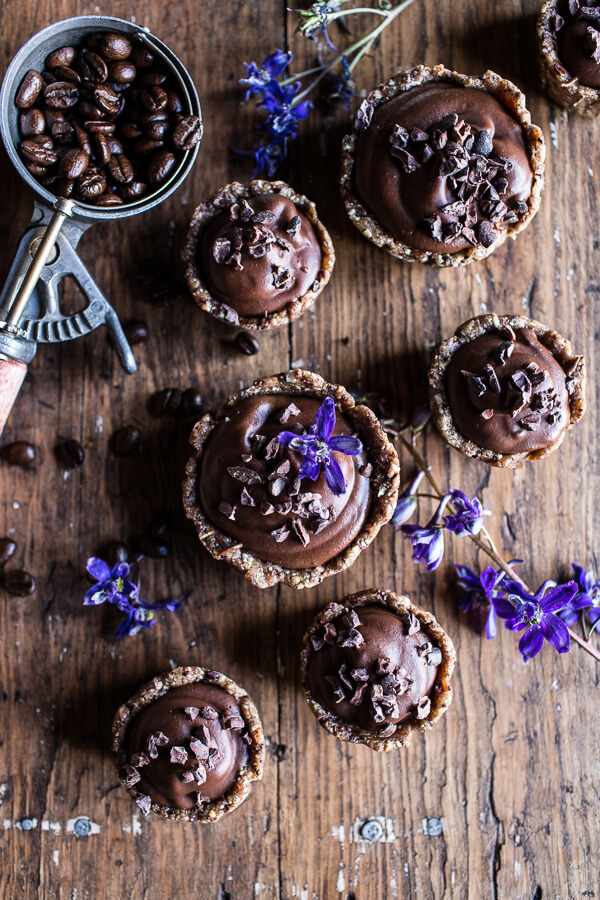 Mini-Vegan-No-Bake-Chocolate-Mocha-Fudge-and-Coconut-Tarts-1