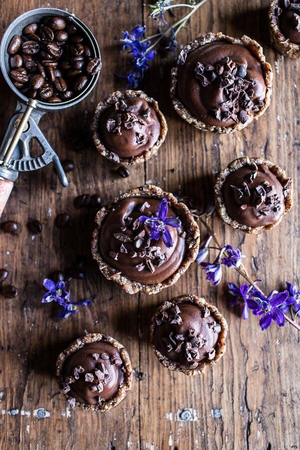Mini-Vegan-No-Bake-Chocolate-Mocha-Fudge-and-Coconut-Tarts-1