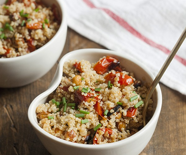 Quinoa with Oven Roasted Cherry Tomatoes and Chickpeas 9