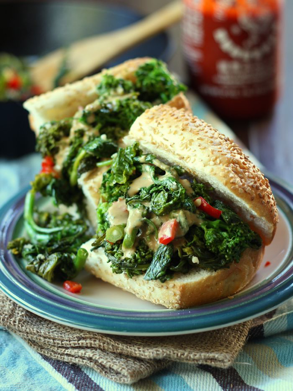 broccoli-rabe-sandwich-featured