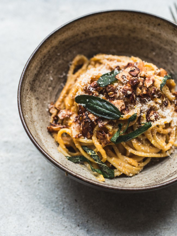 Butternut-Squash-Carbonara-with-Coconut-Bacon-Crispy-Sage-7