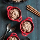 Vegan-slow-cooker-apple-pie-steel-cut-oats-1