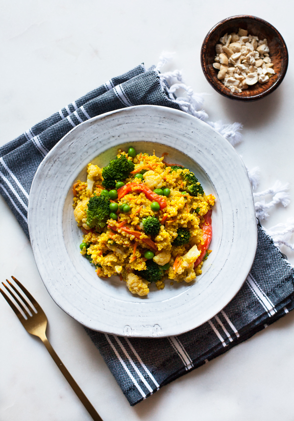 Creamy Curried Quinoa: a fast, easy #glutenfree #vegan dinner! | The Full Helping
