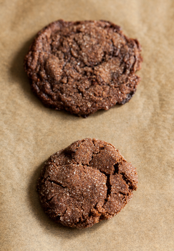 Vegan, gluten free chocolate cherry almond cookies | The Full Helping