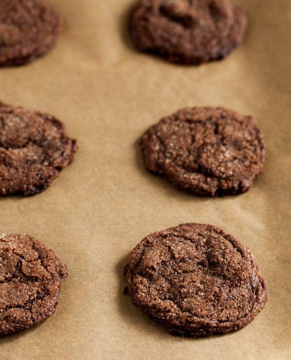 Vegan, gluten free chocolate cherry almond cookies | The Full Helping